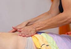 Behandling 1 för Spa kroppmassage arkivfoton
