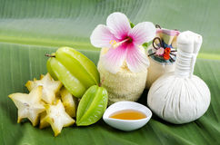 Behandlung mit Sternfrucht und -honig Stockbild