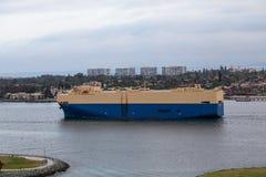 Behållareskepp i San Diego Harbor Royaltyfria Foton