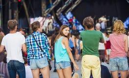 Bei anni dell'adolescenza al festival di estate Immagine Stock Libera da Diritti