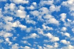 Bei, cieli nuvolosi Immagini Stock Libere da Diritti