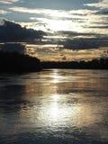 Bei colori di tramonto sotto il fiume Fotografia Stock Libera da Diritti