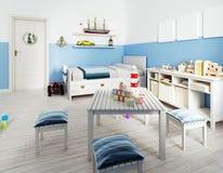 Bei e giocattoli svegli in una stanza del bambino illustrazione vettoriale