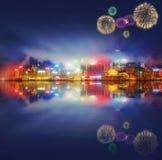 Bei fuochi d'artificio in Hong Kong ed in distretto finanziario Fotografie Stock Libere da Diritti