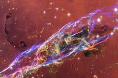 Bei galassia e mazzo delle stelle nella notte dello spazio fotografia stock