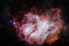 Bei galassia e mazzo delle stelle nella notte dello spazio immagine stock