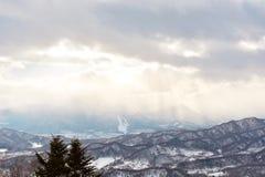 Bei layes delle montagne fotografia stock