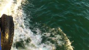 Bei natura dell'acqua di mare e concetto di festa stock footage