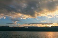 Bei nuvole e cielo di tramonto Fotografia Stock Libera da Diritti