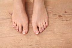 Bei piedi con il chiodo perfetto del francese della stazione termale Fotografie Stock