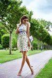 Bei vestiti sexy di stile di fascino del modello di moda della donna Fotografia Stock Libera da Diritti