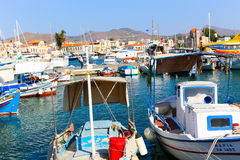 Bei yacht greci immagine stock