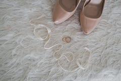 Beigaskor och cirklar 6207 Royaltyfria Bilder