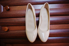 Beige bridal shoes Royalty Free Stock Photos