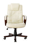 Beige lederner Bürostuhl mit Ausschnittspfad Stockbild