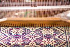 Beige natuurlijke mat van droog rieten gras als textuur, achtergrond stock afbeelding