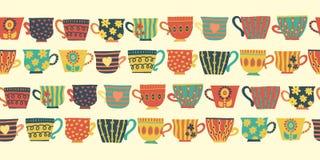 Beige senza cuciture del confine del modello di vettore delle tazze di tè royalty illustrazione gratis