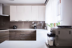 Beige and white kitchen Royalty Free Stock Image