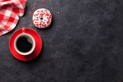 Beignet et café Photographie stock libre de droits