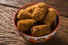 Beignets de morue, tapas espagnols traditionnels Bunuelos de Bacalao Photos stock