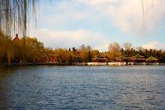 Beihaipark, de lente van Peking royalty-vrije stock afbeelding