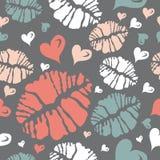 Beije o teste padrão da cópia e do coração Fotos de Stock Royalty Free