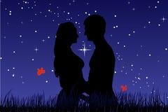 Beije um indivíduo com uma menina. Este é amor. Fotografia de Stock