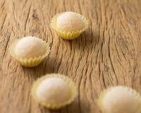Beijinho jest cukierkiem od Brazylia: zgęszczony mleko i koks chi Zdjęcia Royalty Free