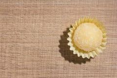 Beijinho jest cukierkiem od Brazylia: zgęszczony mleko i koks chi Zdjęcie Stock