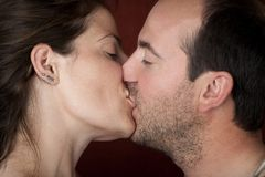 Beijo do close up Fotografia de Stock Royalty Free