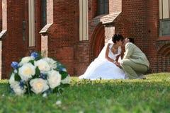 Beijo dos pares Fotografia de Stock