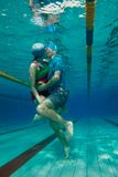 Beijo especial - tiro subaquático Fotografia de Stock