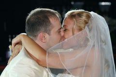 Beijo Wedding fotos de stock royalty free