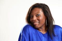 Beiläufige schwarze Frau Lizenzfreie Stockfotografie