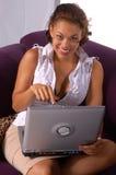 Beiläufiger Laptop Stockfotografie