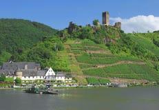 Beilstein, fleuve la Moselle photos stock