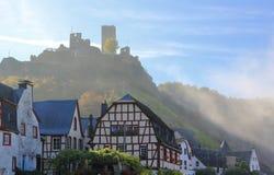 Beilstein najlepszy miejsce na Moselle rzece Mosel Palatinate, Niemcy obrazy stock