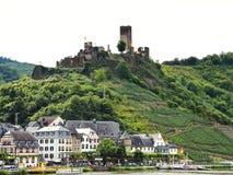 Beilstein by och Metternich slott, Tyskland Arkivfoton