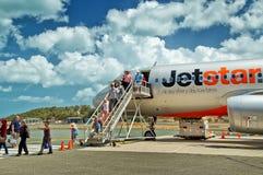 Beim Great Barrier Reef mit dem Flugzeug ankommen Lizenzfreie Stockfotografie