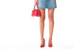 Beine in den Fersen und im Geldbeutel Lizenzfreies Stockfoto