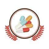 A beira circular com ornamento sae com os comprimidos coloridos Imagem de Stock