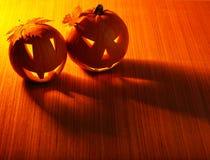 Beira de incandescência das abóboras de Halloween Fotos de Stock