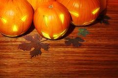 Beira de incandescência das abóboras de Halloween Foto de Stock Royalty Free
