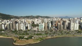 Beira-Mar Norte, Florianpolis, здания, воздушная съемка бульвара Июль 2017 сток-видео