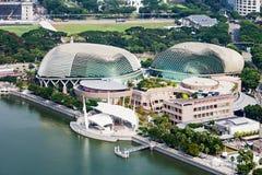 Beira-rio do louro do porto em Singapore, caracterizando areias do louro do porto, o museu lótus-dado forma de ArtScience e a pon Imagens de Stock Royalty Free