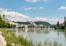 Beira-rio na pensão do rio em Passau Foto de Stock Royalty Free