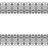 Beiras sem emenda do mehndi do teste padrão no estilo indiano com as flores para a tatuagem ou o cartão no fundo branco Fotos de Stock Royalty Free