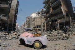 Beirut unter Bombardierung lizenzfreies stockbild