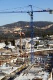 Chantier de construction parmi des collines Image libre de droits
