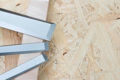 Beitels op een natuurlijke houten achtergrond Stock Foto's